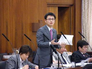 総務委員会・電波法改正案審議